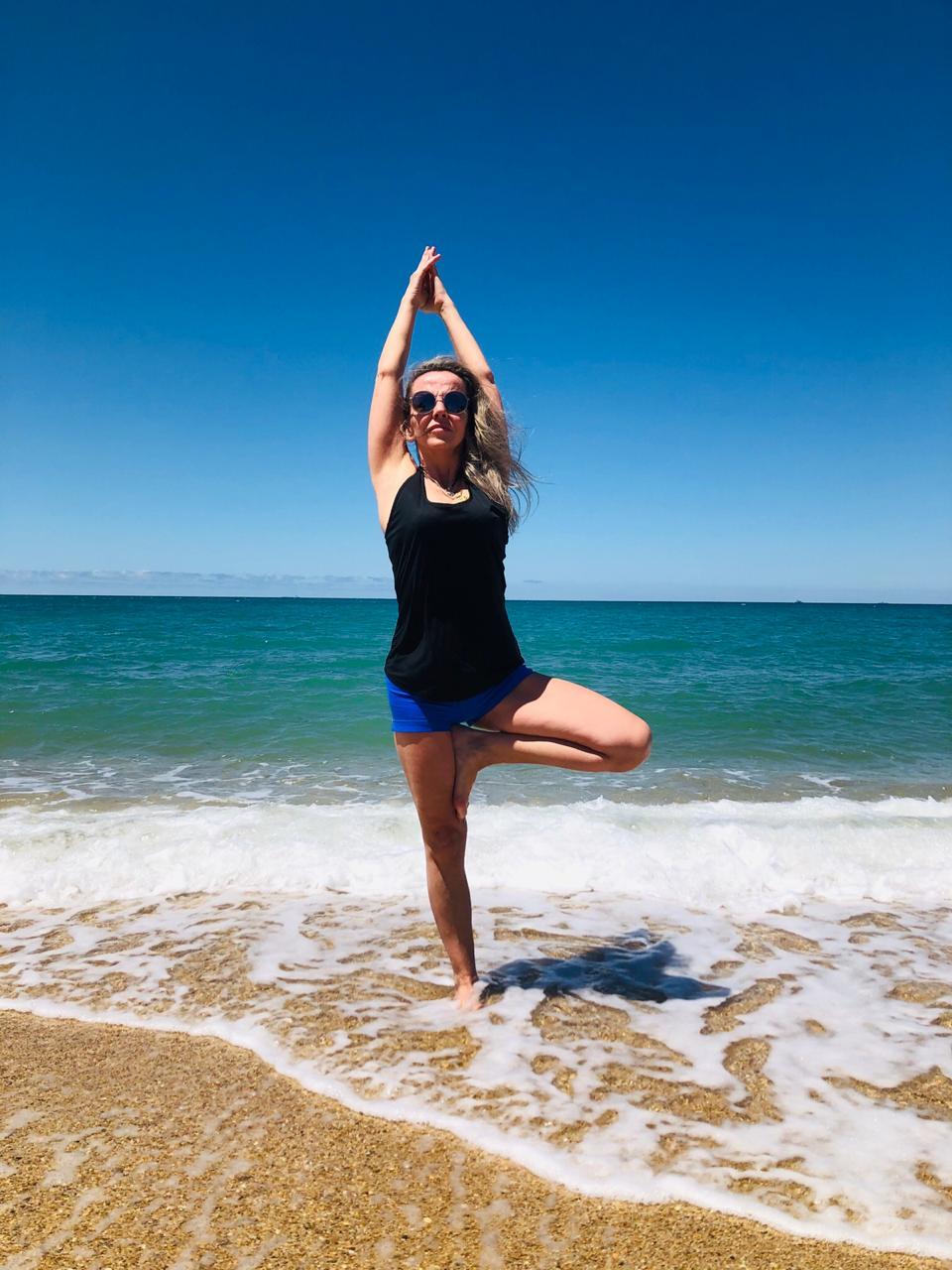 Антистрессовая йога – 10  упражнений с моментальным эффектом