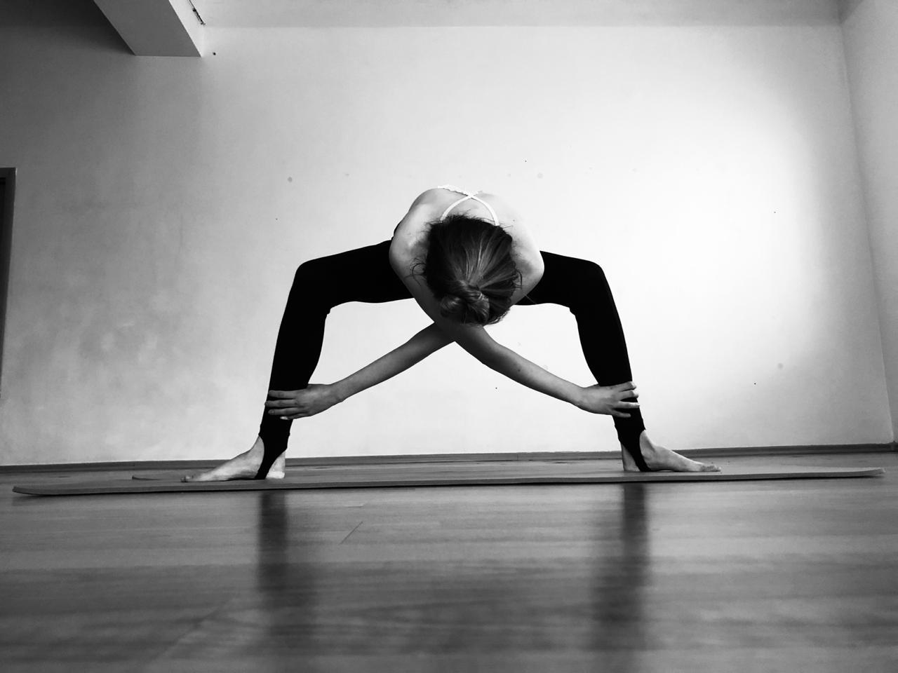 Йога от головной боли: эти 5 асан помогут .