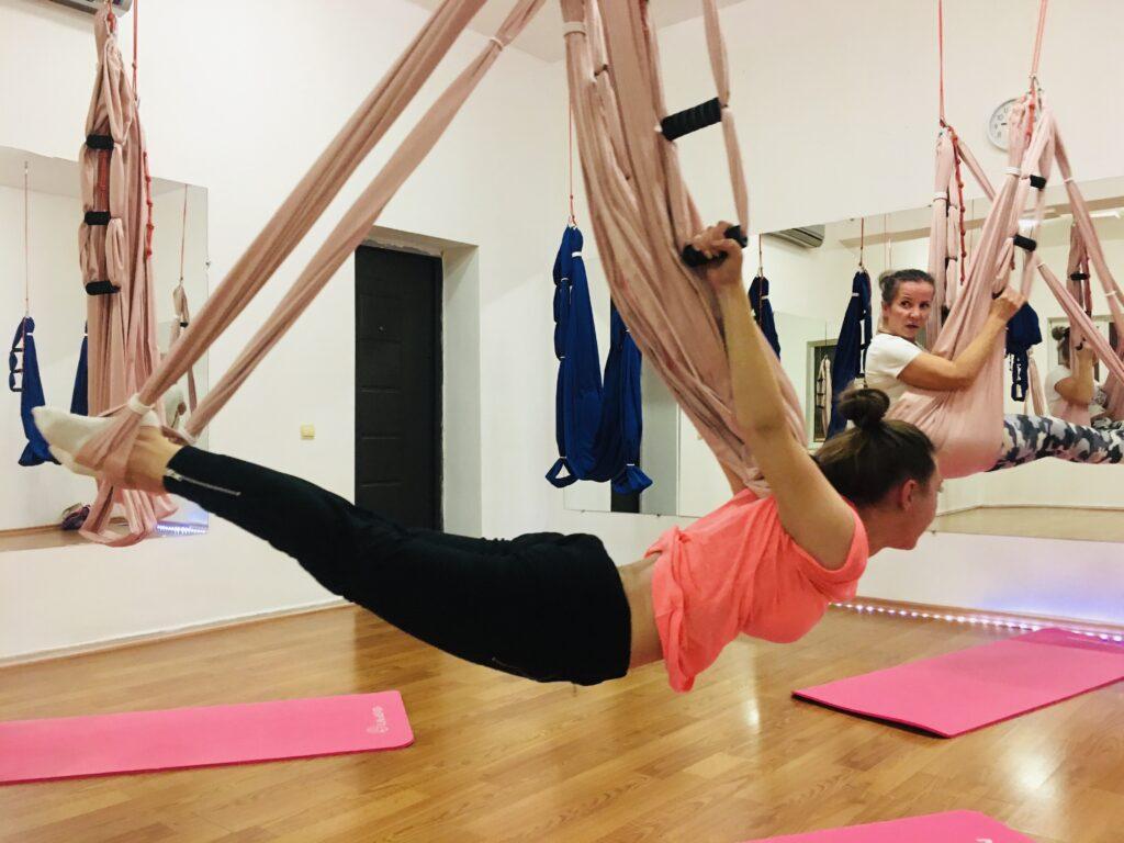 Избавьтесь от выпуклости на спине с помощью йоги